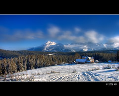 A beautiful  day in the mountains (Mariusz Petelicki) Tags: winter ski poland polska zima hdr tatry narty tatramountains canon400d aplusphoto mariuszpetelicki gratulacje