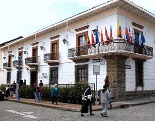 Hotel-El-Meson-de-las-Flores-iew