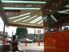 Dining outside at Geno's Steaks~