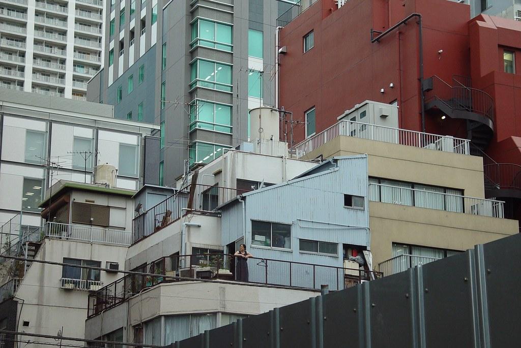 That's Akihabara lifestyle.