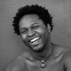 Victor #10 Laughter (just.Luc) Tags: shirtless portrait bw white man black male face laughing european retrato african nb bn uomo laughter portret ritratto hombre pendant homme visage zw gezicht