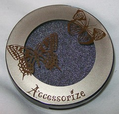 accessorize platinum eyeshadow 2
