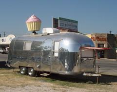 Hey, Cupcake! cupcake stand, Austin TX