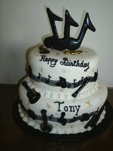 birthday cake for music lovers