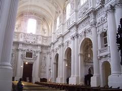 Theatinerkirche (Church) - 1663 (I be Owen) Tags: germany munich theatinerkirche