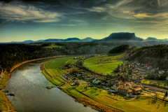 the elbe (p3n) Tags: sky nature clouds canon river landscape awesome highsaturation soe hdr elbe pictureperfect 6exp 40d abigfave almostanything mostamazing onephotoweeklycontest mailciler