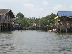 CIMG0426.JPG (ian_tan) Tags: trip field architecture bangkok klong toey