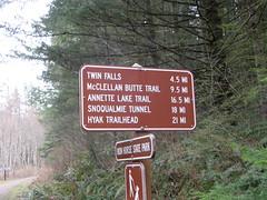 Sign at start (bikejr) Tags: ironhorse johnwayne cedarbutte