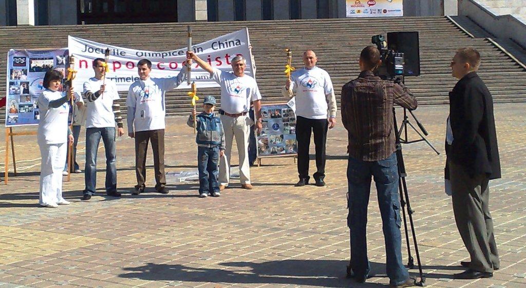 Proteste anti-Olimpiada de la Beijing la Chişinău
