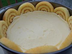 Banana roll cake 4