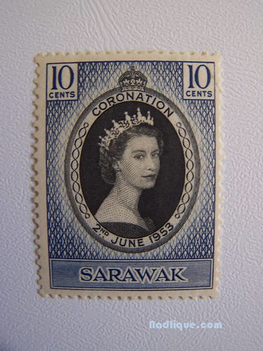 stamps of the queen pictures
