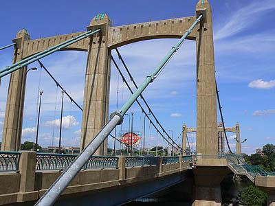 pont sur le Mississipi.jpg