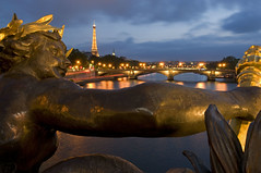 France - Paris 75008 - Les Nymphes de la Seine (Thierry B) Tags: bridge france night geotagged photography frankreich europe cityscape exterior photos nacht outdoor dr frana bynight toureiffel pont monuments brcke geotag fr extrieur iledefrance nocturne parijs idf urbanscape pars parigi pontalexandreiii    aaaaa geolocation pras  europen photographies 75008 2011     horizontales europedelouest   noctambule paysageurbain      photosnocturnes gotagg thierrybeauvir  beauvir wwwbeauvircom droitsrservs  nymphesdelaseine 20110606 limitedpix