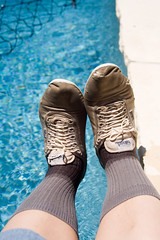 balloons_wet_19 (sneaker lover) Tags: white wet pool shoes dirty sneakers canvas worn keds plimsolls plimsoles
