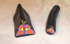 E a minha primeira borboleta (Jias da Rita) Tags: necklace artesanato craft felt polymerclay fimo feltro colar joiasdarita