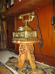 mesita 183. telfono 59A (Antiguedades2008) Tags: telefono mesa muebles