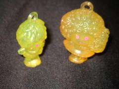 scubid (pastafrollah) Tags: flowers yellow toy toys doll glow charm fairy glowinthedark 80s 1983 83 hasbro scoubidou charmkins scubidoo