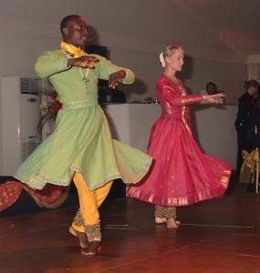 Hannah & Quincy perform Kathak