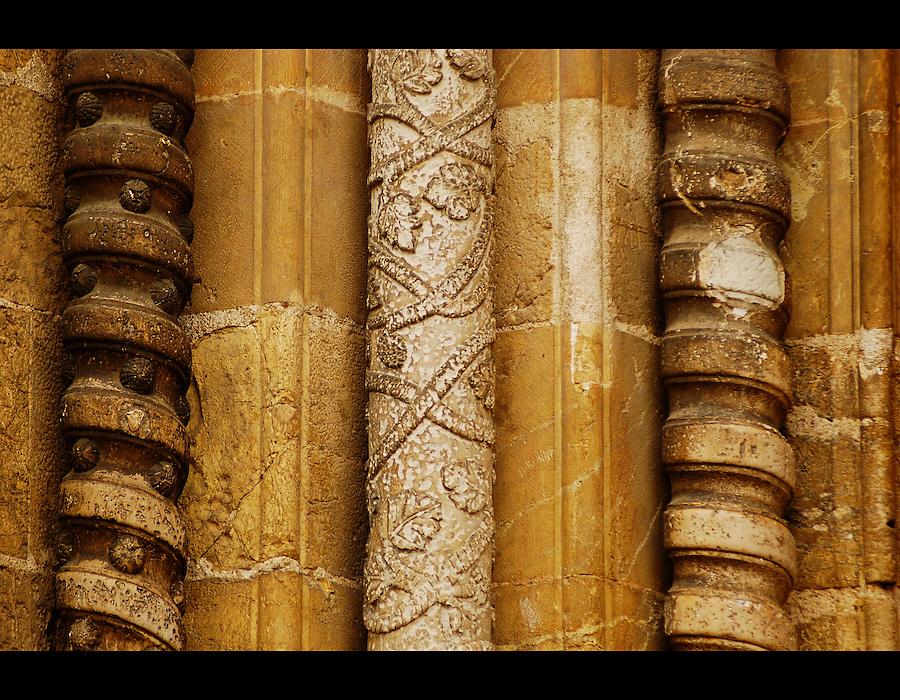 3 Colunas na igreja de S. Tiago em Coimbra