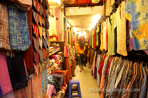 shopping in hanoi