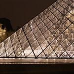 Paris: La pyramide du Louvre
