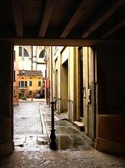 Ingresso di via Rocca Vecchia (Weingarten) Tags: verona veneto vrone venetien vntie colognaveneta