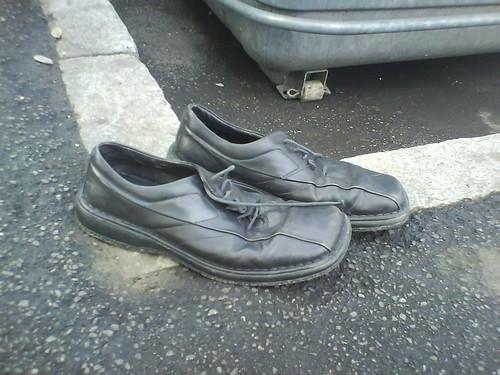 ceci n'est pas une paire de chaussures