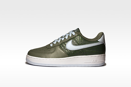 Nike Women's Air Force 1 Premium Low