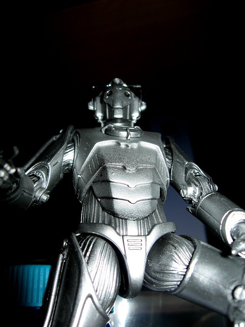 Giant Cyberman is Giant