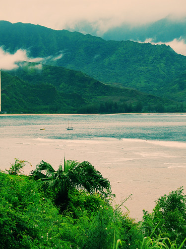 hanalei cross process by millerm217, on Flickr