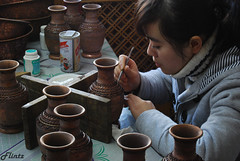 Cloisonn (Flintz) Tags: china art girl chinese pot pottery handycraft cloisonn abigfave