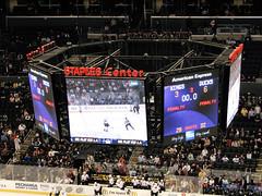 Final score: L.A. 3 - Anaheim 6 (mark6mauno) Tags: hockey nhl losangeles los angeles ducks center kings national anaheim staples league scoreboard staplescenter losangeleskings nationalhockeyleague anaheimducks canonpowershots3is 200708