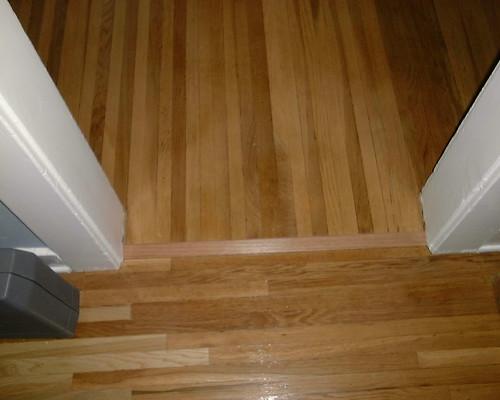 Hall 005 floor threshold to dining room