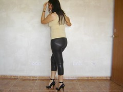 Pumps de charol 3 (lady_dulciny_boots) Tags: pumps pants legs lycra lack charol