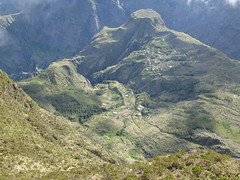 Ilet de Roche Plate (Fred_P) Tags: ile piton paysage cirque indien runion mafate ocan let mado