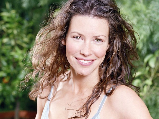 Evangeline-Lilly-74 by hani2000sa