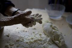 le mani di mia nonna, sempre in attività (tuna bites) Tags: food woman cooking cuisine donna hands hand grandmother handmade mani mans mano tradition granny 90 cibo nonna cucina matriarca tunabites
