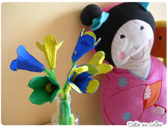 flores de caja de huevos