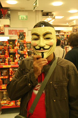 V de Vendetta y Mc de McGuffin