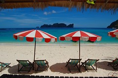 Sun Chairs (Gilles Maillet) Tags: ocean blue sea beach water beautiful thailand phi turquoise sunny le ko don kophiphi d40