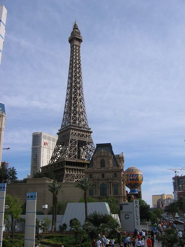 Eiffel Tower du Vegas