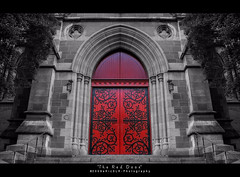 The Red Door (i) Tags: door church cathedral melbourne reddoor simbahan stpaulscathedral flindersstreet churchdoor pkchallenge erizslr pulangpintuan