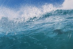 lips (beardo creeps) Tags: water fun nikon aqua surf housing nikonf80 seaandsea beardocreeps