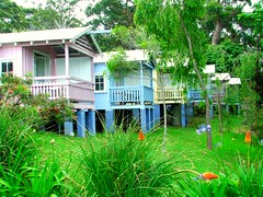 Hyams Beach Seaside Cottages (Monique Barber) Tags: ocean white house beach sand cottage australia hut hyamsbeach jervisbay whitestsandintheworld hyamsbeachseasidecottages worldswhitestsand