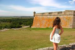 en la Fortaleza con la Lumi (Karina Gonzlez) Tags: santa naturaleza verde nature wall landscape paisaje fortaleza teresa strength muralla castillo