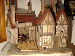 Harry Potter's Leaky Cauldron (and Diagon Alley) Dollhouse (Jack English) Tags: english halloween make jack miniature bill alley mary harry potter scene dont lankford cauldron dollhouse leaky diagon ciccolella
