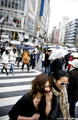 Shibuya @ Daytime (~Morgan) Tags: japan tokyo rainyday shibuya pluie daytime japon journe ©morgancugerone 200803301602002408