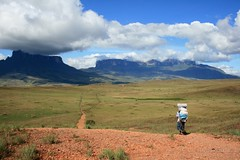 Monte Roraima (Marcelo Seixas) Tags: world travel blue sunset portrait sky mountain nature mystery clouds america trekking walking lost photography arthur is photo track photos hiking venezuela south natureza bolivar hike victory professional mount american tropical keep gran doyle canaima nothing caminhada justdoit montanha clound vitoria ican caminho perdido impossible conan trilha roraima sabana tepui lostworld profissional tepuy idid arthurconandoyle monteroraima dotheimpossible