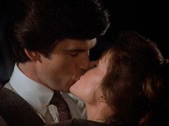 Remington Steele and Laura Holt's first kiss