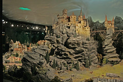 Diorama (Meteorry) Tags: mountains holland netherlands landscape miniature europe nederland amusementpark efteling parc brabant themepark diorama kaatsheuvel antonpieck meteorry pieck